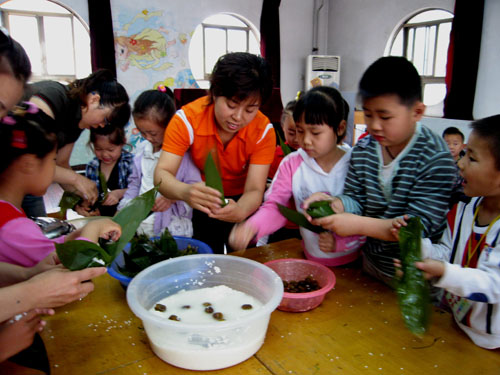 山东微山运河监狱幼儿园儿童精彩活动展